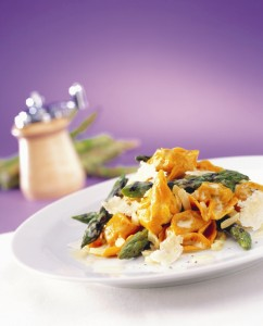 2578305 pasta asparagus parmesan